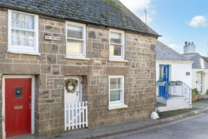 2 Bay Cottages, Higher Fore Street